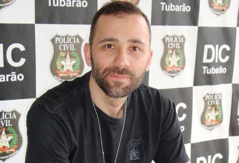 O delegado Rubem informou que os adultos foram presos  em cumprimento de mandados de prisão preventiva pela morte de Maicon