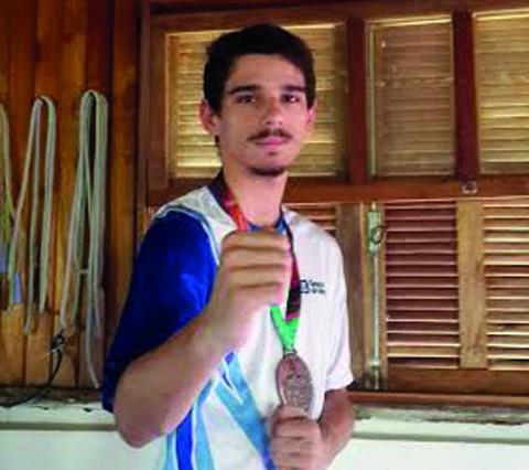 Rogério Paes tem grandes  chances de conquistar uma medalha na competição estadual  - Foto:KBS Assessoria/Divulgação/Notisul