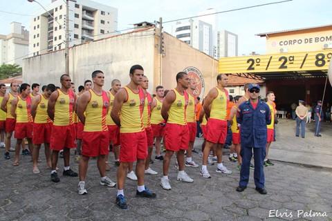 Durante a solenidade todos os salva-vidas que atuaram na Operação Veraneio estavam presentes  -  Foto:Elvis Palma/Divulgação/Notisul