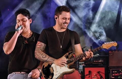 As músicas de Jorge e Mateus embalam nove de cada dez casais apaixonados   -  Foto:Divulgação/Notisul