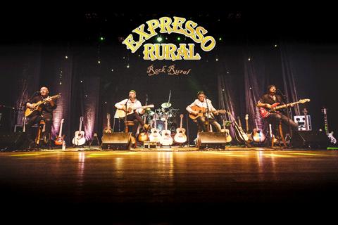 """O DVD """"35 Anos de Rock Rural"""" foi gravado no Teatro do CIC, em Florianópolis, no ano passado. - Foto: Assessoria de Imprensa Sesc/SC/Divulgação/Notisul."""