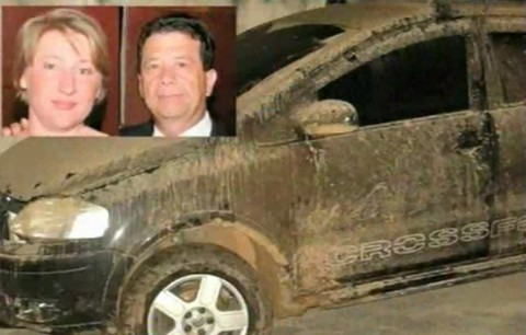 Carro do policial foi encontrado abandonado a poucos metros onde estava o corpo da professora Hannelore   -  Fotos:Divulgação/Notisul