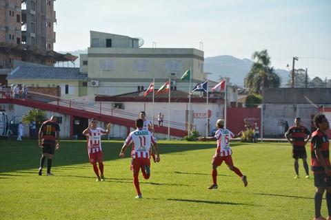 O Hercílio Luz duelou diante da sua torcida contra o Jaraguá ontem à tarde -  Foto: Igor Fontana/ Diário FC/Divulgação/Notisul