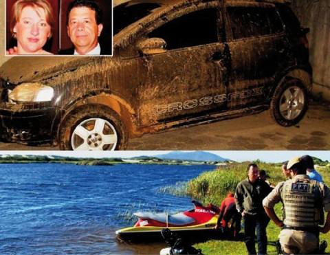 Carro do PM foi encontrado em lagoa em Itapirubá. Corpo de Hannelore estava enterrado na praia   -  Fotos: Divulgação/Notisul