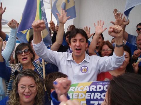 Aos 33 anos, Betinho é o prefeito  eleito mais jovem da região. -  Fotos: Kalil de Oliveira/Notisul.