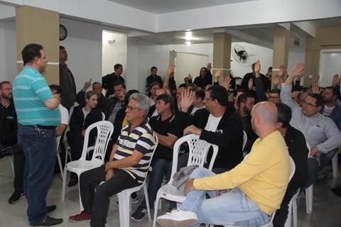 Após debates, proposta teve 41 votos favoráveis e 14 contrários  -  Foto: Kalil de Oliveira/Notisul