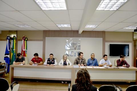 Autoridades estão preocupadas com impactos ambientais e melhor aplicação do dinheiro público  -  Foto:Comitê da Bacia Hidrográfica do rio Tubarão/Divulgação/Notisul