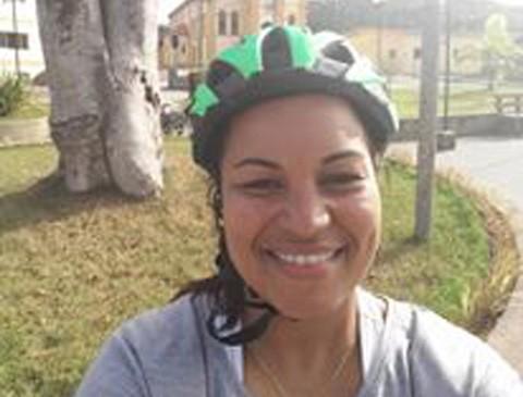 Juliana, de 32 anos, tem 3 filhos e busca sempre uma vida saudável por meio de dos exercícios físicos  -  Foto:Arquivo pessoal/Divulgação/Notisul