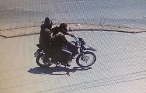 Assaltantes fugiram em alta velocidade com a motocicleta Bros 160 do proprietário do estabelecimento comercial  - Foto:Divulgação/Notisul