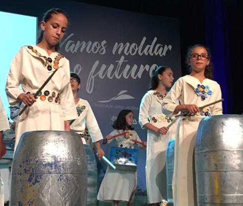 Orquestra de Lata se apresentou no Parque Ambiental durante cerimônia  -  Foto:Duda Hamilton/Divulgação/Notisul