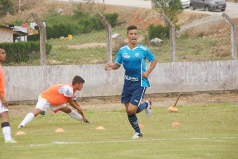 Vinícius foi o artilheiro do juvenil do Leão da Ilha no Campeonato Catarinense. - Foto: Arquivo pessoal/Notisul.