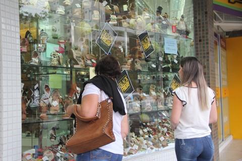 Tubarão tem 750 lojas que se preparam para receber os consumidores durante o período de maior movimento para o comércio local  -  Foto:Lysiê Santos/Notisul