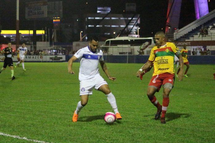 Em mais um jogo de muitos gols, Peixe sai vitorioso e espanta de vez a zona da degola   -  Foto: Divulgação/Notisul
