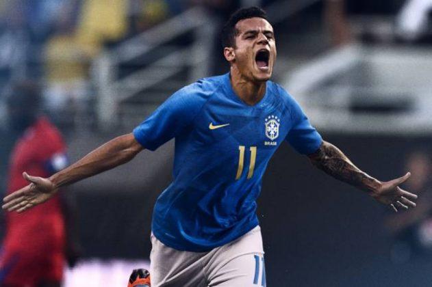 Philippe Coutinho com a nova camisa azul (Joe Burbank/Orlando Sentinel/TNS/Getty Images)
