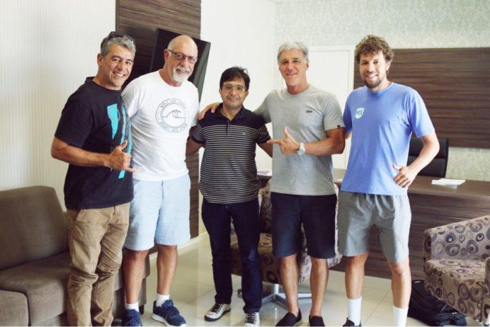 Prefeito Rosenval (C), Xande Fontes, Daniel Setton e Norton Evald - Foto: Prefeitura de Imbituba/Divulgação/Notisul