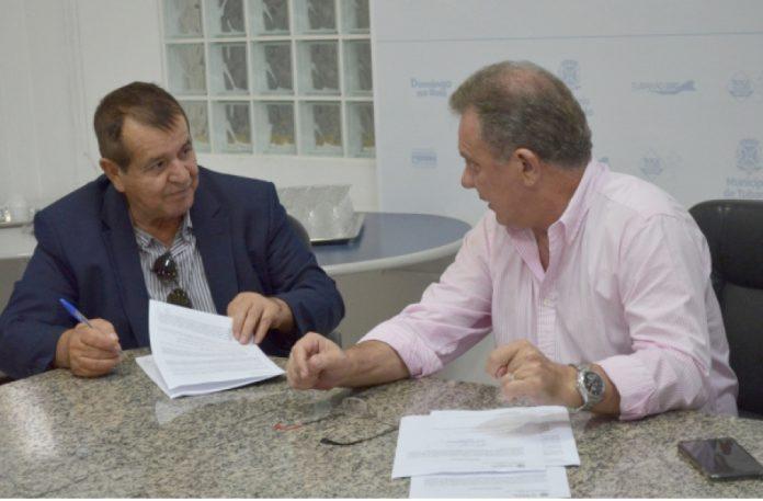 O projeto da passarela de concreto vai custar R$ 46.413,30  -  Foto: Marcelo Becker/Divulgação/Notisul