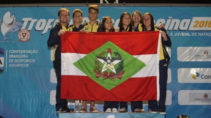 Seis atletas da ATN participaram da delegação catarinense