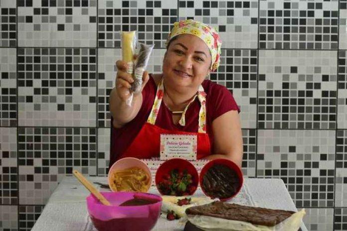 Cristiane Martins descobriu o potencial na cozinha, depois de uma doença que a afastou do mercado (foto: Marcelo Ferreira/CB/DA.Press.)
