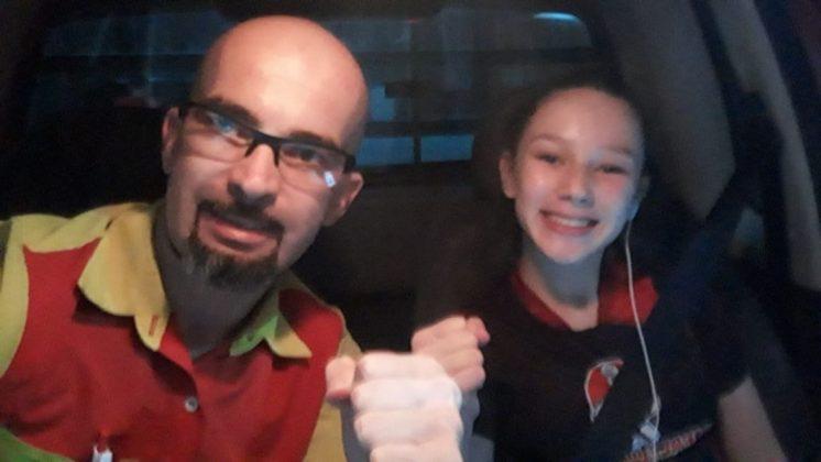 Há 5 anos seu pai a acompanha na rotina dos treinos. - Foto: Arquivo Pessoal/Divulgação/Notisul