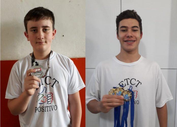 Gustavo Domingos (E) e Ricardo Camargo foram destaques na natação e no karatê. - Foto: ETCT/Divulgação/Notisul