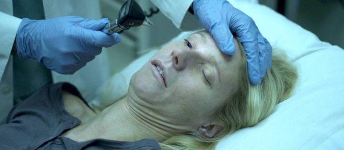 Gwyneth Paltrow em 'Contágio': personagem é a primeira vítima de pandemia global no filme de Steven Soderbergh Foto: Warner / Reprodução