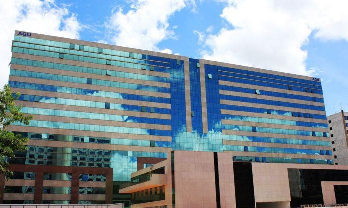 #Pracegover Foto: na imagem há o edifício da AGU