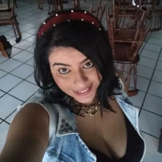 #Pracegover Na foto, Viviana Ortiz Amarilla aparece sorrindo
