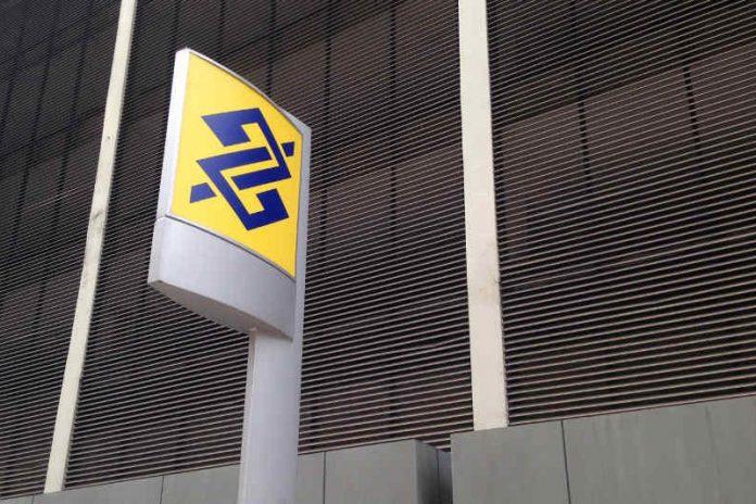 #Pracegover Foto: na imagem há uma placa do BB