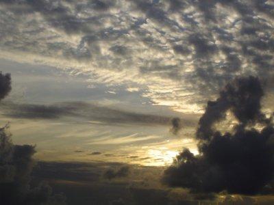 #pracegover Na foto, céu parcialmente nublado e a presença de nuvens
