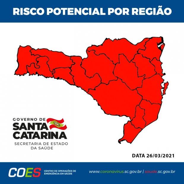 #Pracegover Foto: na imagem há o mapa de Santa Catarina na cor vermelha