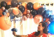 #pracegover Na foto, Juliana Luque aparece segurando vários balões