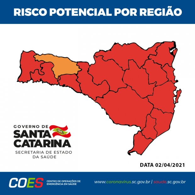 #pracegover Na foto, o mapa de Santa Catarina demarcado pelas cores vermelho e laranja
