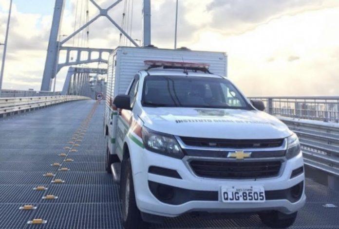 #Pracegover Na foto, carro do Instituto Geral de Perícias de Santa Catarina