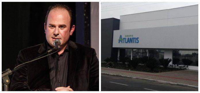 #Pracegover Na foto, à esquerda Anderson Botega e à direita fachada da empresa