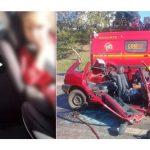 #Pracegover Na foto, mulher aparece falando no vídeo e atrás a imagem desfocada de uma criança. Ao lado há a imagem de um carro destruído