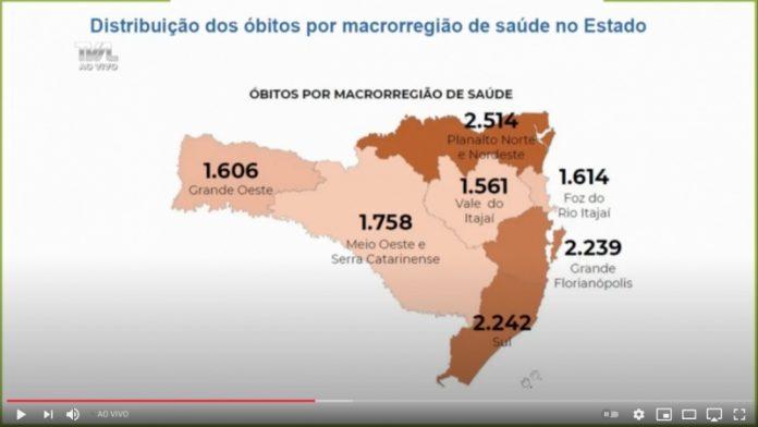 #Pracegover Na foto, mapa de Santa Catarina demarcado por números relacionados ao Covid-19