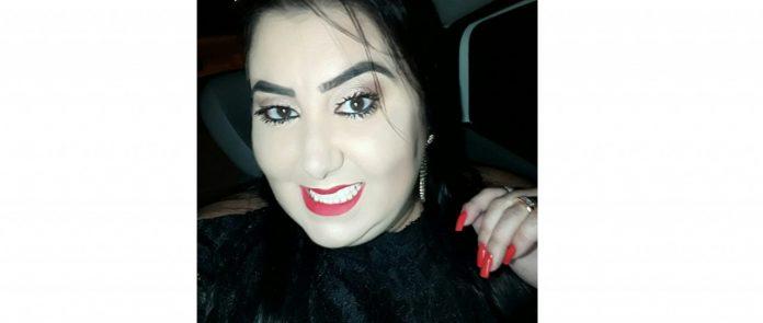 #Pracegover Na foto, Patrícia aparece sorrindo