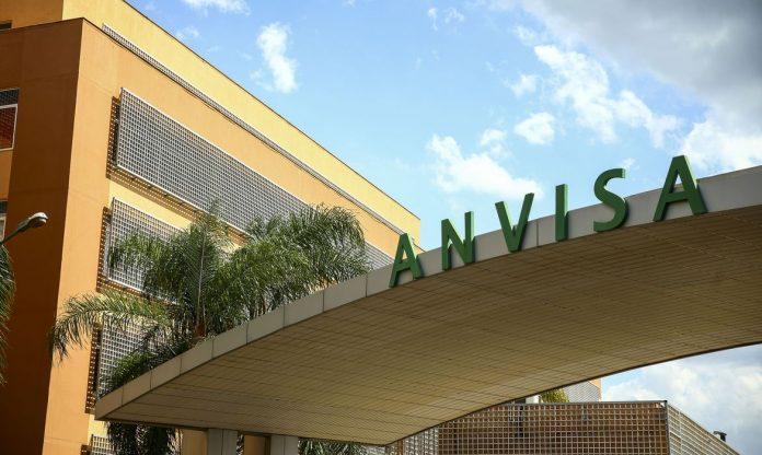 #Pracegover Na foto, Fachada do edifício sede da Agência Nacional de Vigilância Sanitária (Anvisa).