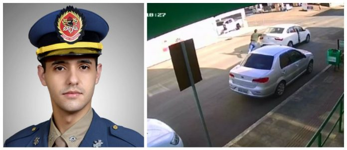 #Pracegover Na foto, à esquerda Vítor com o uniforme de Bombeiro e à direita imagem do carro em movimento