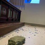 #Pracegover Foto: na imagem há uma pedra