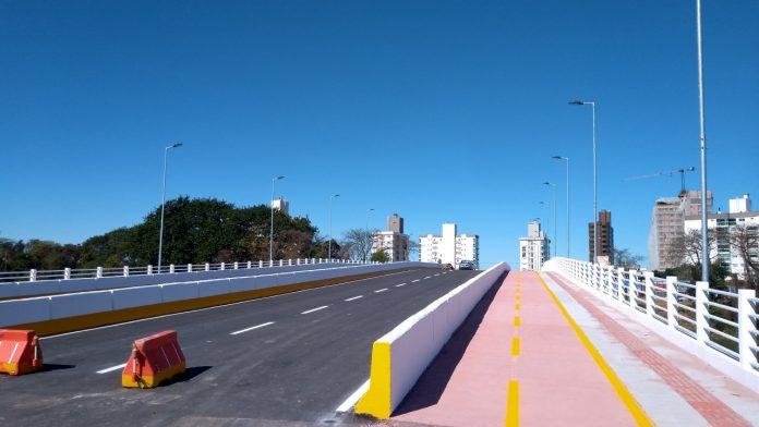 #Pracegover Foto: na imagem há uma ponte