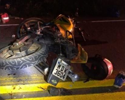 Acidente entre carro e moto deixa duas pessoas feridas em Imbituba