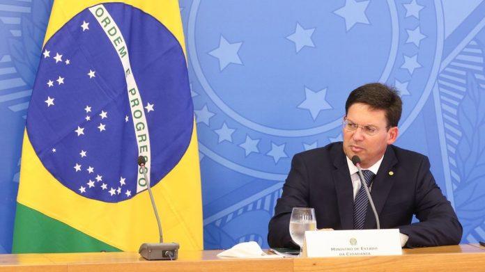 Novo Bolsa Família cumprirá teto de gastos, diz ministro da Cidadania