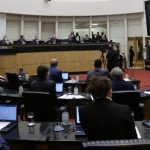#Pracegover Na foto, deputados durante sessão na Alesc