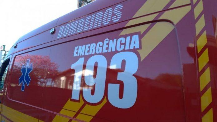 #Pracegover foto: na imagem há um veículo do bombeiro