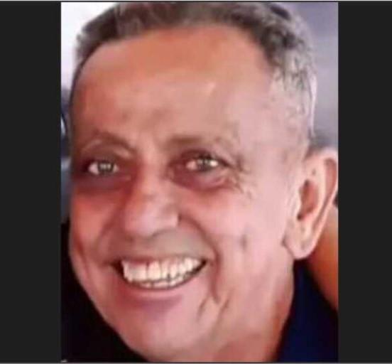 #Pracegover foto: na imagem há um homem sorrindo